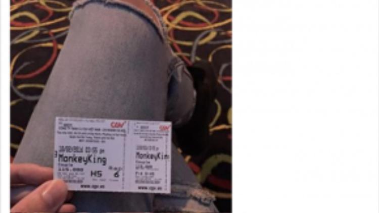 … Hay dành thời gian đi xem phim.