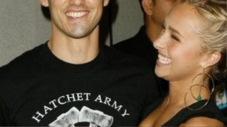 """2 diễn viên Hayden Panettiere - Milo Ventimiglia hẹn hò khi cùng tham gia bộ phim truyền hình ăn khách Heroes. Năm 2009, chỉ vài ngày trước khi dịp Lễ tình nhân đến, đôi uyên ương hơn kém nhau 12 tuổi """"đường ai nấy đi""""."""