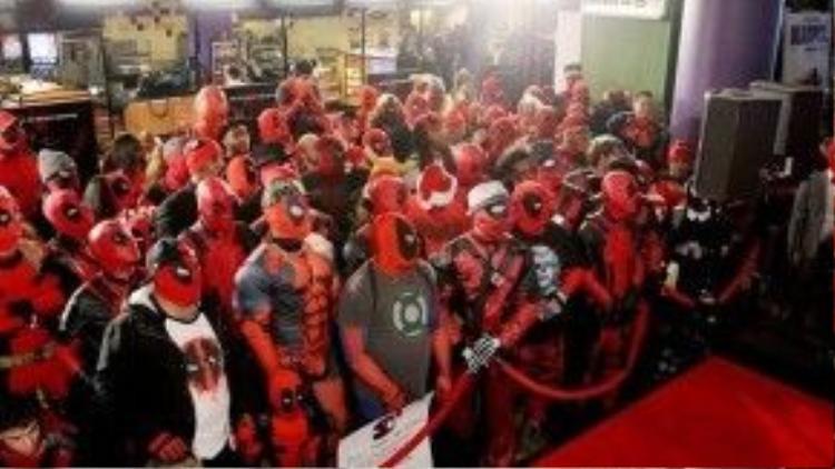 Mỗi buổi chiếu Deadpool đều là một bữa tiệc lớn dành cho người hâm mộ.