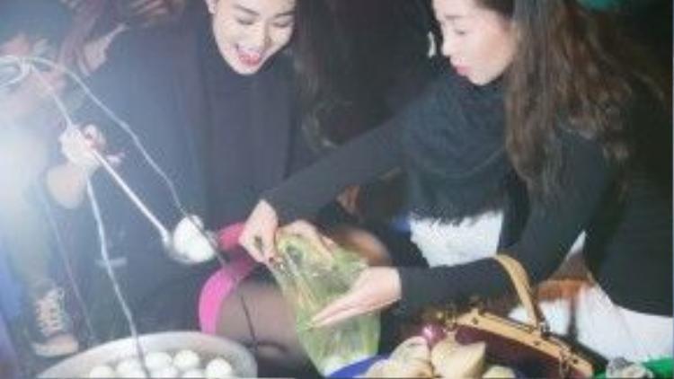 Mới đây, Khánh My vừa có chuyến du lịch lên xứ sở hoa Đà Lạt cùng các thành viên trong gia đình và bạn nhảy.
