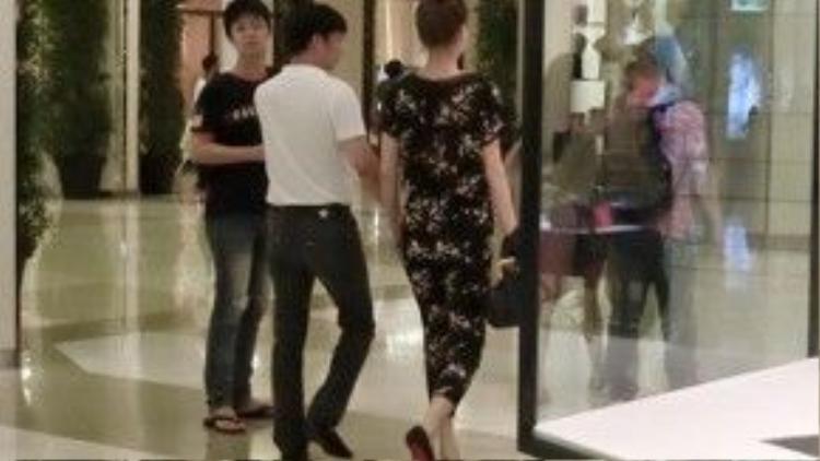 Hình ảnh Chu Đăng Khoa và Hồ Ngọc Hà đi chơi với nhau dịp Tết bị tung lên mạng xã hội.