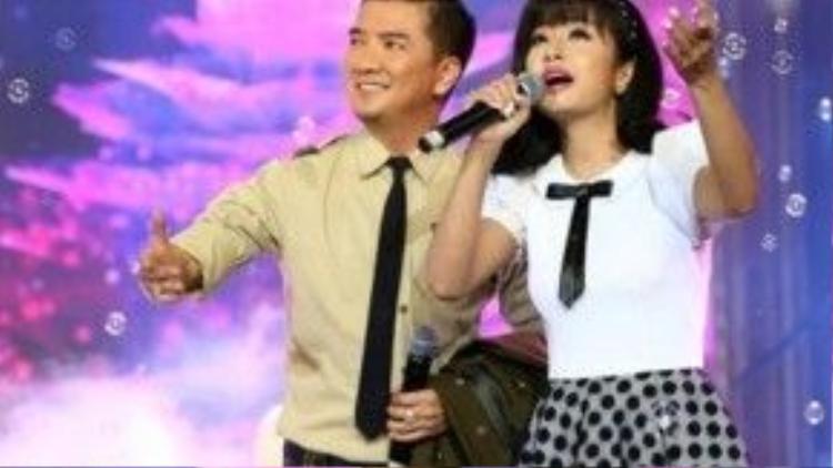 Ông hoàng nhạc Việt song ca cùng Thu Hằng.