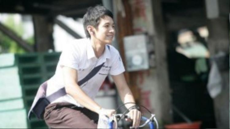 Không ai có thể ngờ rằng cậu học sinh Kha Cảnh Đằng ngày ấy lại có những hành động nông nổi đến vậy.