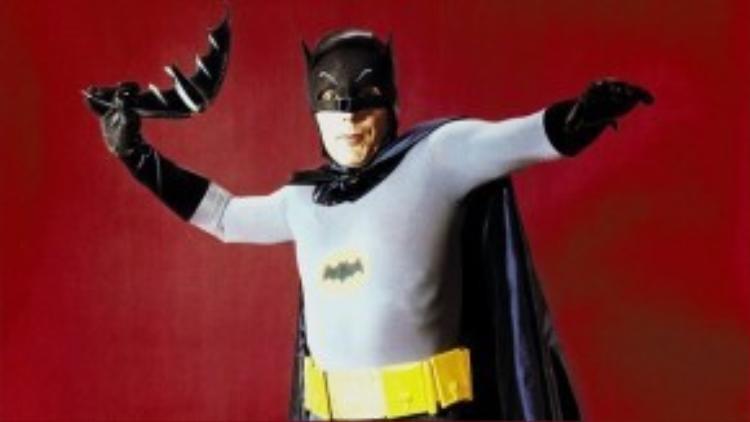 Adam West - chàng Batman 'khô cứng' đến mức ngạc nhiên.