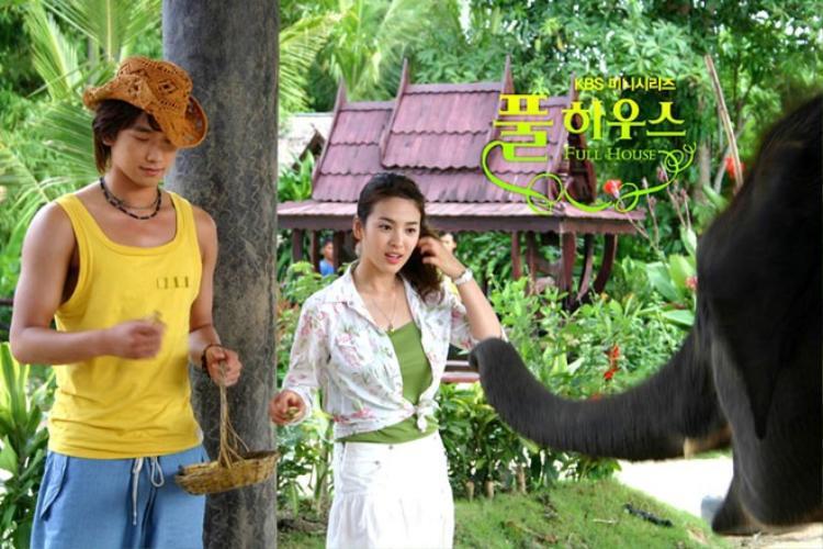 Trước Song Joong Ki, ai là người tình màn ảnh hoàn hảo của Song Hye Kyo?