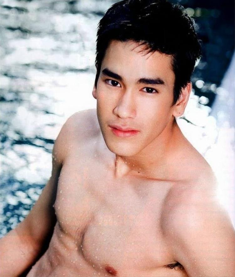Những mỹ nam Thái Lan 100% hoàn hảo