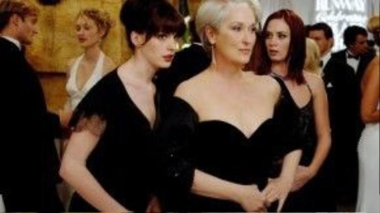 """""""The Devil Wears Prada"""" là một phim cần phải xem dành cho các cô gái"""