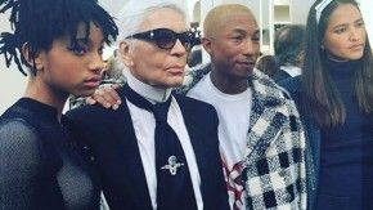 Cùng gặp gỡ và trò chuyện với vị giám đốc sáng tạo tại ba của thương hiệu trứ danh nước Pháp Karl Lagerfeld.