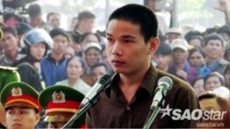 Trong ngày xét xử, Vũ Văn Tiến từng khóc nức nở khi nghĩ về cha mẹ mình.