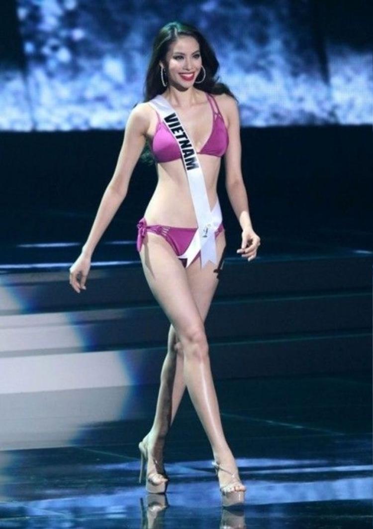 Fans choáng khi Lan Phương lúng túng không biết ai thi Hoa hậu Hoàn Vũ 2015
