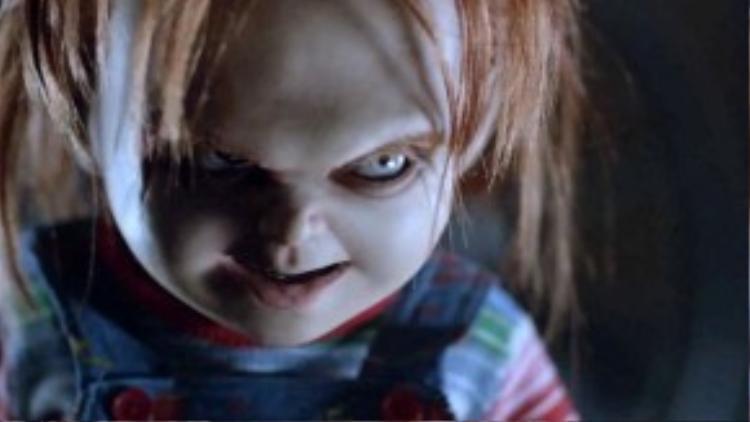 Những người sáng tạo ra Chucky thậm chí còn gợi ý đến sự kết hợp trên màn ảnh của hắn và… Annabelle