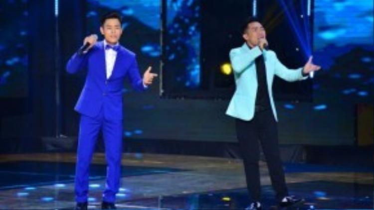 Văn Nam và Đình Nguyên cùng nhau khoe giọng hát ngày càng điêu luyện qua liên khúc Được tin em lấy chồng - Yêu người như thế đó.