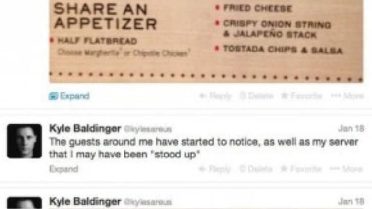 Baldinger liên tục cập nhật tình hình thực hiện cú lừa ngoạn mục để ăn miễn phí ở nhà hàng.