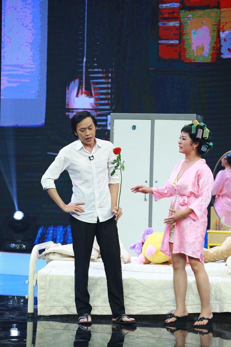 Trường Giang, Hoài Linh đồng loạt lật mặt danh hài Thúy Nga