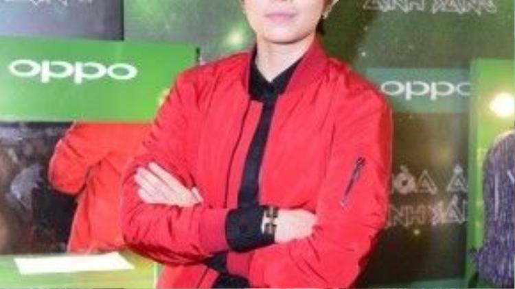 Gil Lê sẽ đảm nhận vai trò MC của Livestream - The Remix - Liveshow 8.