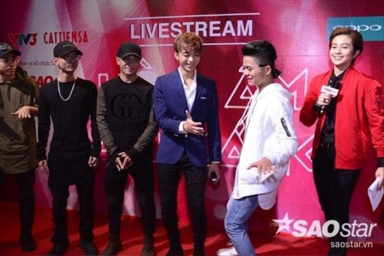 Soái ca Gil Lê tiếp tục dẫn dắt livestream  The Remix  Liveshow 9