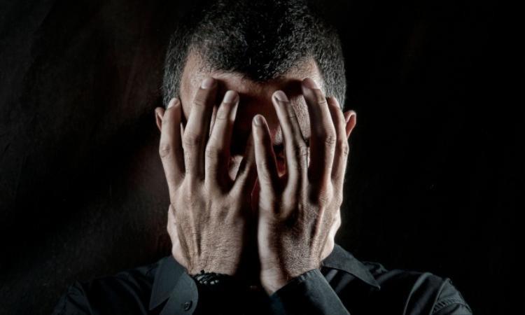 Hóa điên vì thiếu sex: Bệnh tâm lý của trí thức hiện đại