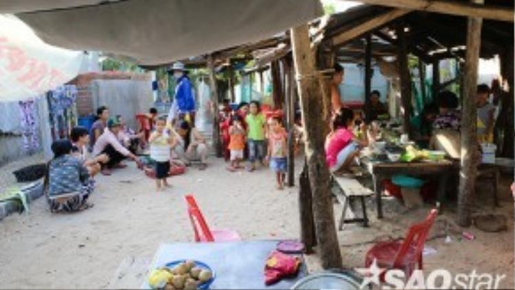 Một góc chợ quê trên đảo.