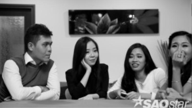 Thí sinh nút đó Mai Phương bên cạnh Bảo Toàn, Trần Hằng và Cao Lan. Các thí sinh đã có những giây phút thoải mái tại đây.