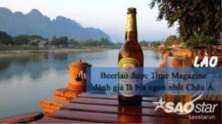 """Năm 2013, tạp chí Time Magazine đã bình chọnBeerlaolà loại bia ngon nhất châu Á. Có vị phảng phất hươnggạo Lào truyền thống,Beerlao là thức uống du khách không thể bỏ qua khi đến """"xứ triệu voi""""."""