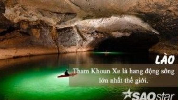 Ở Việt Nam có Sơn Đoòng, ở Lào có Tham Khoun Xe. Hang được phát hiện bởi một nhà khám phá người Pháp Paul Macey vào năm 1905. Từ năm 1995 trở đi,Tham Khoun Xe được công nhận là hang động sông lớn nhất thế giới. Hang Tham Khoun Xe là một đoạn ngầm của dòng sông Xe Bang.