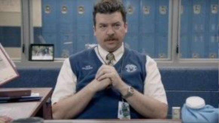 Tạo hình trong phim của diễn viên hài Danny McBride.