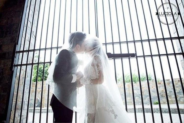 Trọn bộ ảnh cưới đẹp lung linh của Nam Cường và vợ 9x