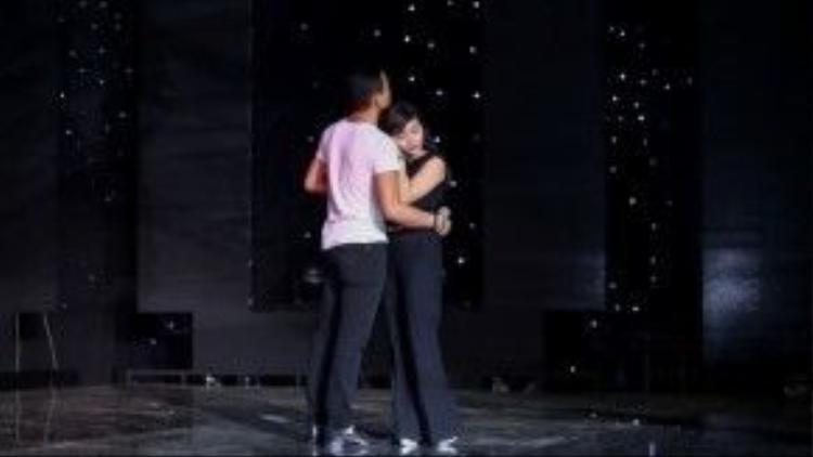 Hà Thế Dũng và Hồng Quyên sẽ hóa đôi tình nhân trên sân khấu tối nay.