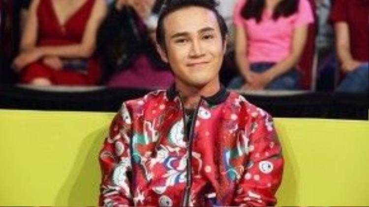 Huỳnh Lập trở lại Cười xuyên Việt với vai trò giám khảo bình luận.