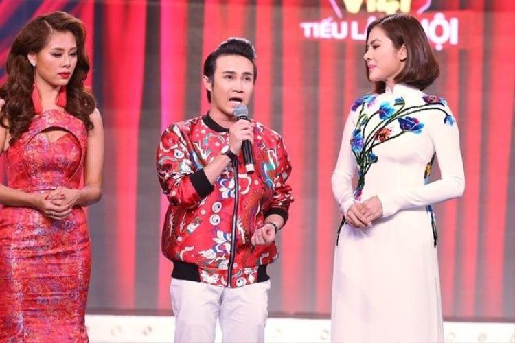 Huỳnh Lập kết hợp Hot girl đòi nợ tấn công ghế nóng Cười xuyên Việt