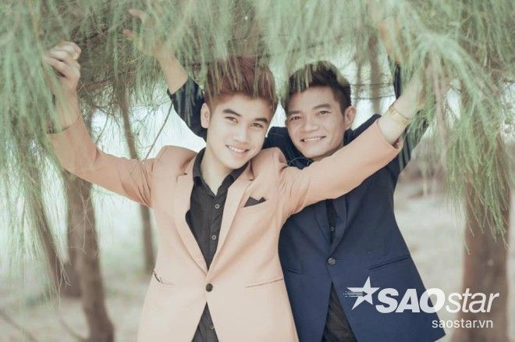 21 tuổi chênh lệch và chuyện tình đẹp như mơ của cặp đôi đồng tính Biên Hòa