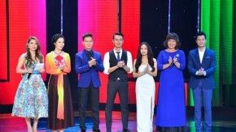 5 thí sinh sẽ bước vào vòng Liveshow: Mai Phương, Quý Sỹ, Phúc Lâm, Trần Hằng và Minh Thảo bên cạnh MC Thanh Thảo và HLV Quang Dũng.