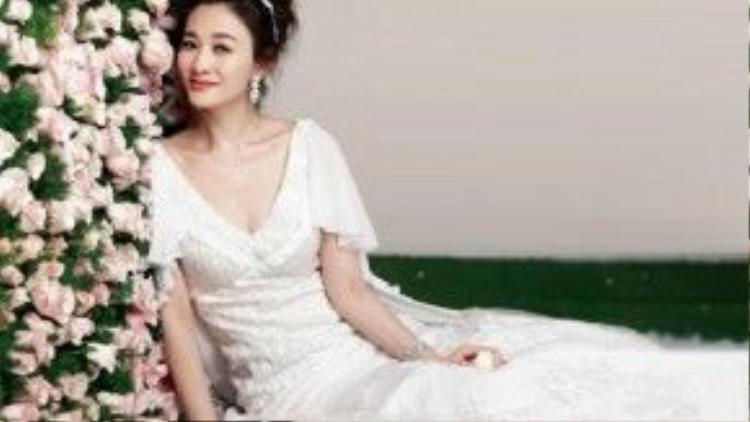 Nữ diễn viên Lý Tiểu Nhiễm