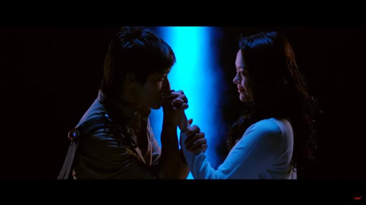 Minh Hằng xinh đẹp và ma mị trong trailer mới Bao Giờ Có Yêu Nhau