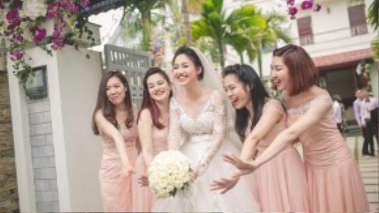 Ngô Trà My hạnh phúc trong ngày cưới