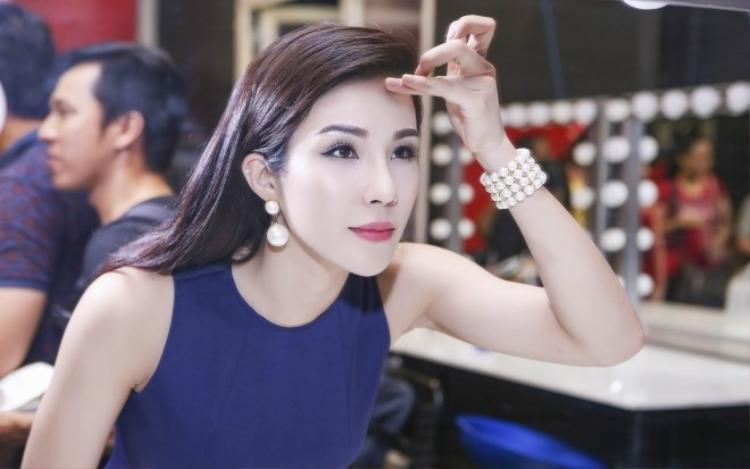 Diệp Lâm Anh hạn chế hở bạo trên sóng truyền hình