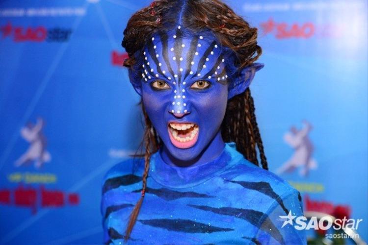 Khả Ngân khiến mọi người nổi da gà với tạo hình của bộ phim nổi tiếng Avatar