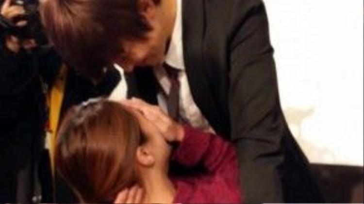 Yêu cầu nhiều nhất của các fan nữ là được Lại Nhã Nghiên…hôn