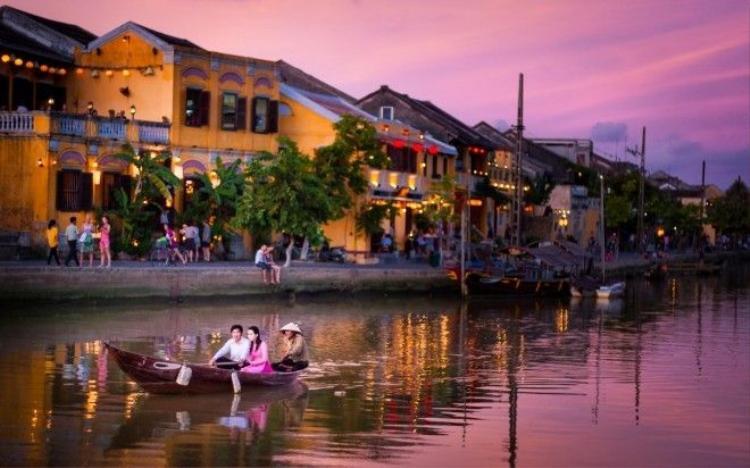 Dắt túi loạt kinh nghiệm để đi Đà Nẵng chỉ 3,5 triệu/người