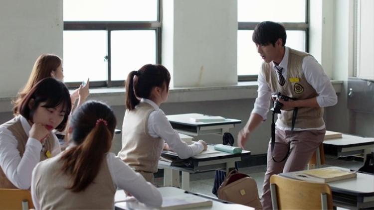 'Nightmare Teacher'  Cuốn sổ tử thần phiên bản học đường