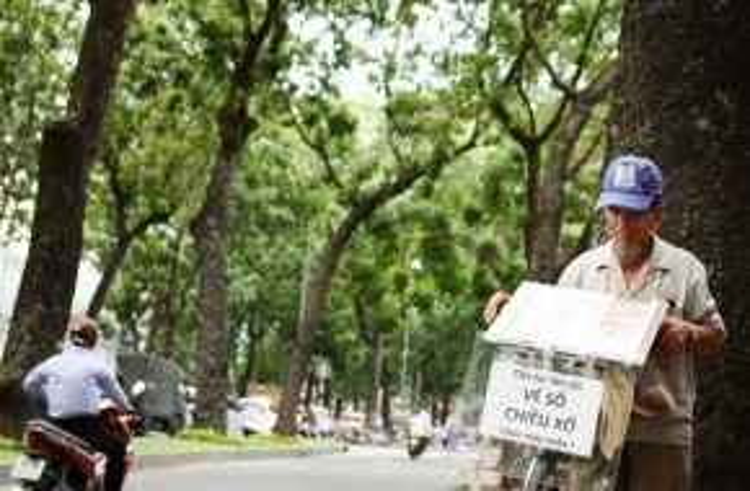 Người dân Sài Gòn khá buồn trước quyết định này.
