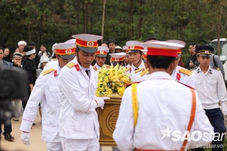 Linh cữu cố nhạc sĩ Trần Lập đã được an táng tại Phú Thọ