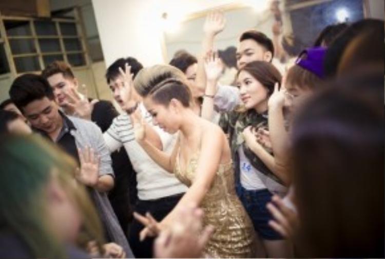 Là một nhân tố lạ, chất trong showbiz hiện nay, Thảo Trang luôn nằm trong những sự lựa chọn hàng đầu cho các show diễn về EDM, lễ hội hiện nay.