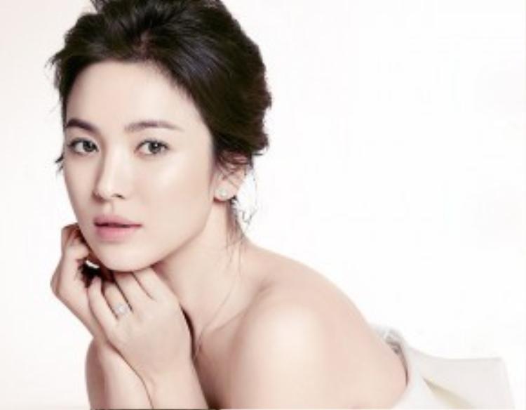 Vẻ đẹp thuần khiết không tì vết của Song Hye Kyo.