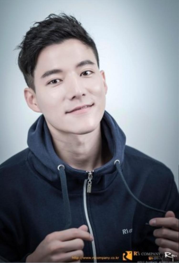 Cho Tae Kwan hứa hẹn sẽ trở thành một gương mặt đầy tiềm năng của màn ảnh xứ Củ Sâm