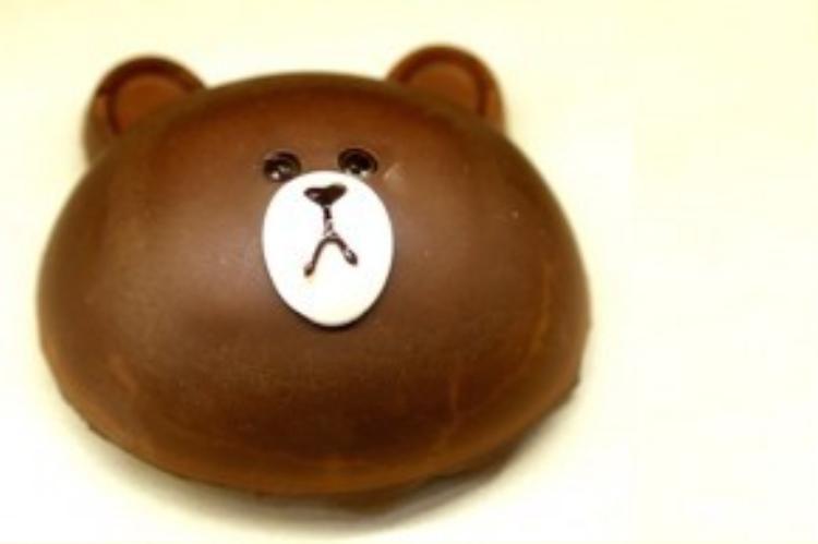 Khuôn mặt đầy cảm xúc của gấu Brown khiến bạn không đành lòng mà cắn một miếng!