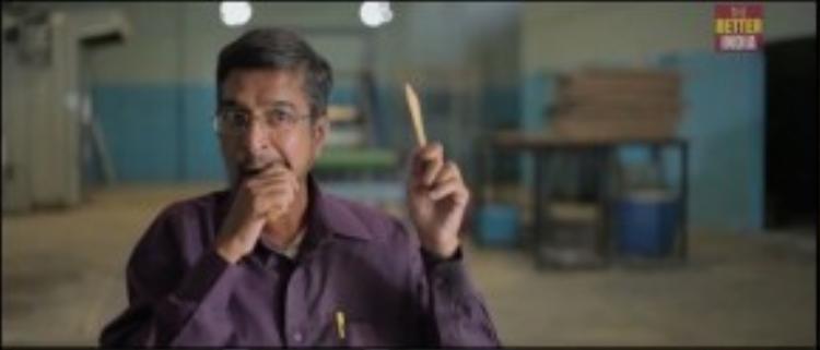 """Bạn sẽ phải dặn lòng mình là """"Không nên, không nên 'chén' những chiếc muỗng nĩa này!"""" saukhi dùngxong bữabởi vì sức hút khó cưỡng của chúng."""