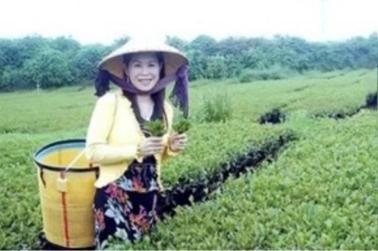 Nữ doanh nhân Hà Linh là đại gia ngành trà nổi tiếng tại Lâm Đồng. Ảnh: Gia đình cung cấp.