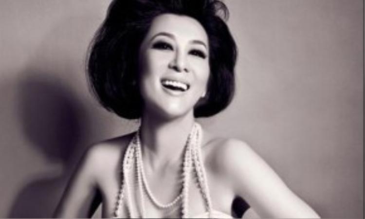 Kỳ Duyên là một trong số hiếm những mỹ nhân Việt có được vẻ đẹp thách thức thời gian.