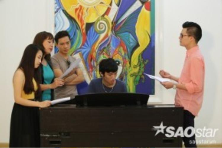 Ở đội HLV Quang Dũng, Minh Thảo - Quý Sĩ - Trần Hằng sẽ cùng nhau kể tình cuộc đời của những số phận cầm ca.